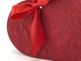 Doosje hartvormig rood met relief_