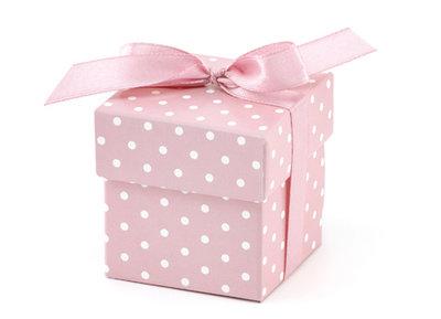 Doosje met deksel roze met witte stippen