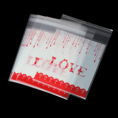 Cellofaan zakjes met plakstrip love