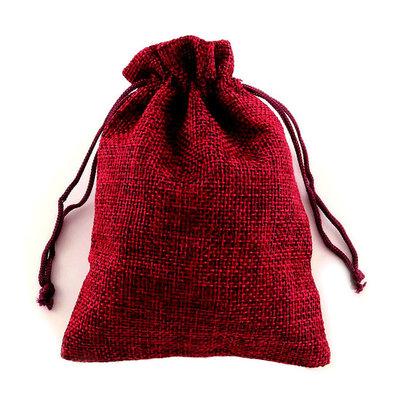 Jute zakje bordeaux rood 9.5 x 13.5 cm